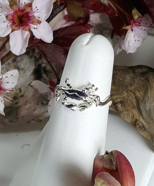 Chesapeake Wavy Crab Ring, Sterling Silver sizes 4-8