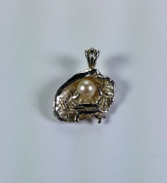 Clam Shell Pendant Sterling Silver with Blue Crab and 6mm Cultured Pearl