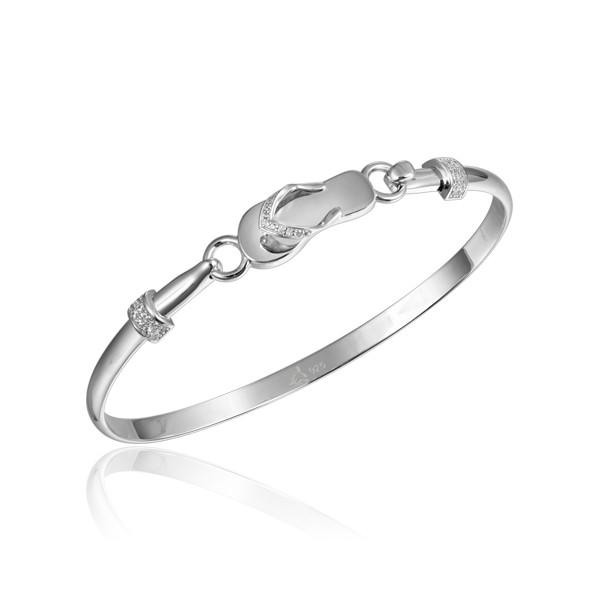 Sterling Silver Bracelet with beautiful Flip Flop hook.